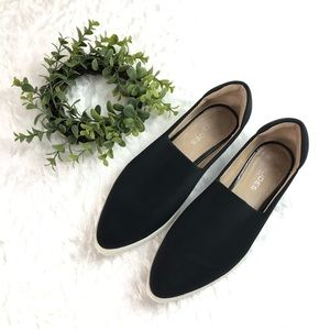 J/Slides l Loafer Round Toe Slip On Sneakers 10US